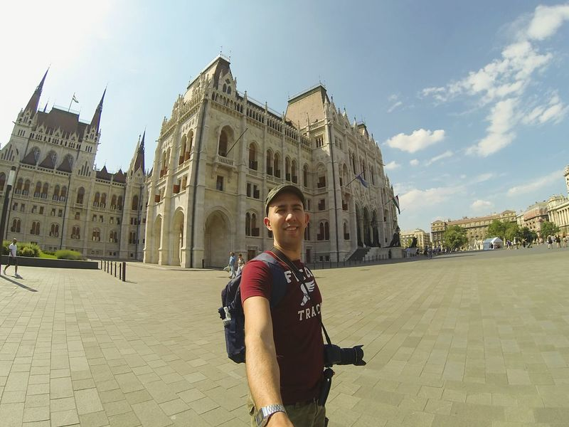 Budapest Me Today Parlamento Húngaro Skyporn Sun Hot Goprohero3 Black Fitch Photooftheday Followme Travel Visiting LoveLife❤️ Lifeisbeautiful Nightlife Amazing EyeEm Gallery Amazing Places