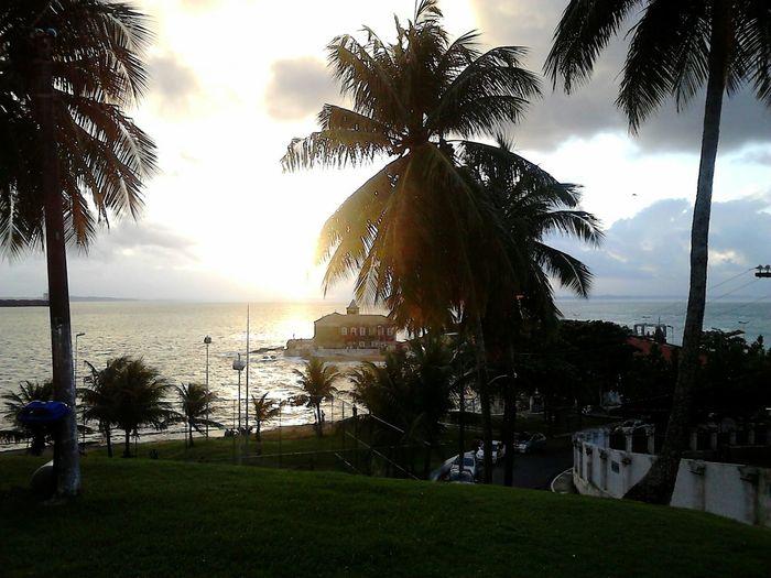 """Olhar a beleza do mar."" Relaxing Mar SalvadorBahiaBrasil Humaita"