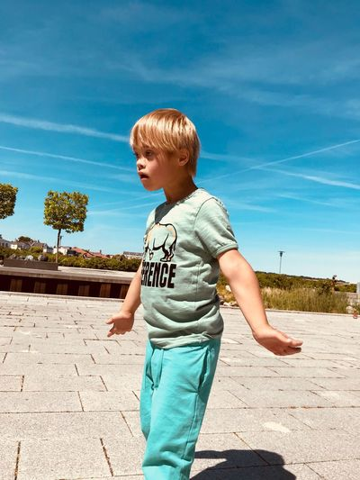My son caught up surprised Childhood Boys Beach Day Standing Three Quarter Length Innocence Nature Outdoors Land Lifestyles