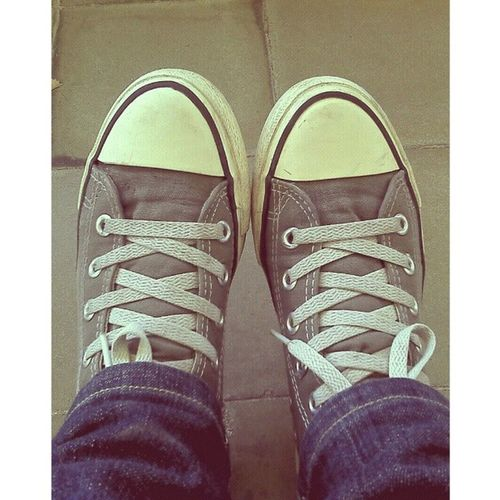 miss my old shoes Throwbackfridaybecauseidontcare