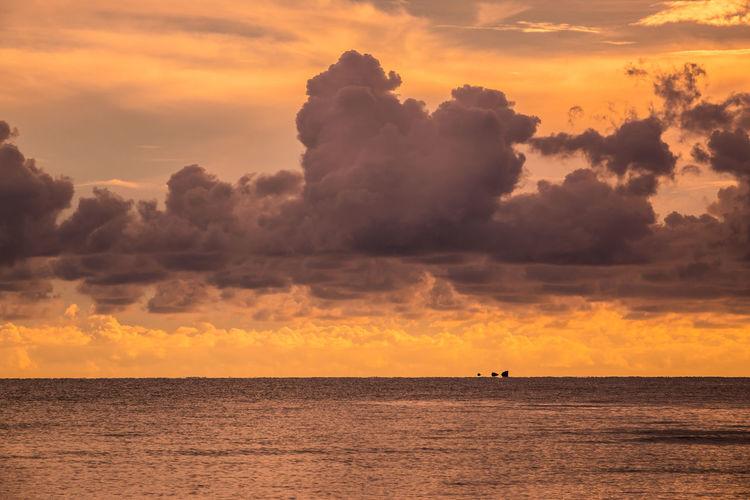 Beach Cloud Golden Hour Overcast Sky Rippled Sae Sunset Wave