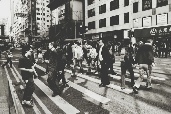 too busy. Hong Kong Streetphotography Monochrome EyeEm Best Shots Walk This Way My Daily Commute