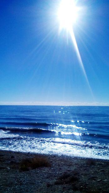 Un Rayo de Sol Mar Playa Verano Summer Beachphotography Sky Azul Vacaciones SPAIN Alicante Rayoflight Sunlight Olas Waves