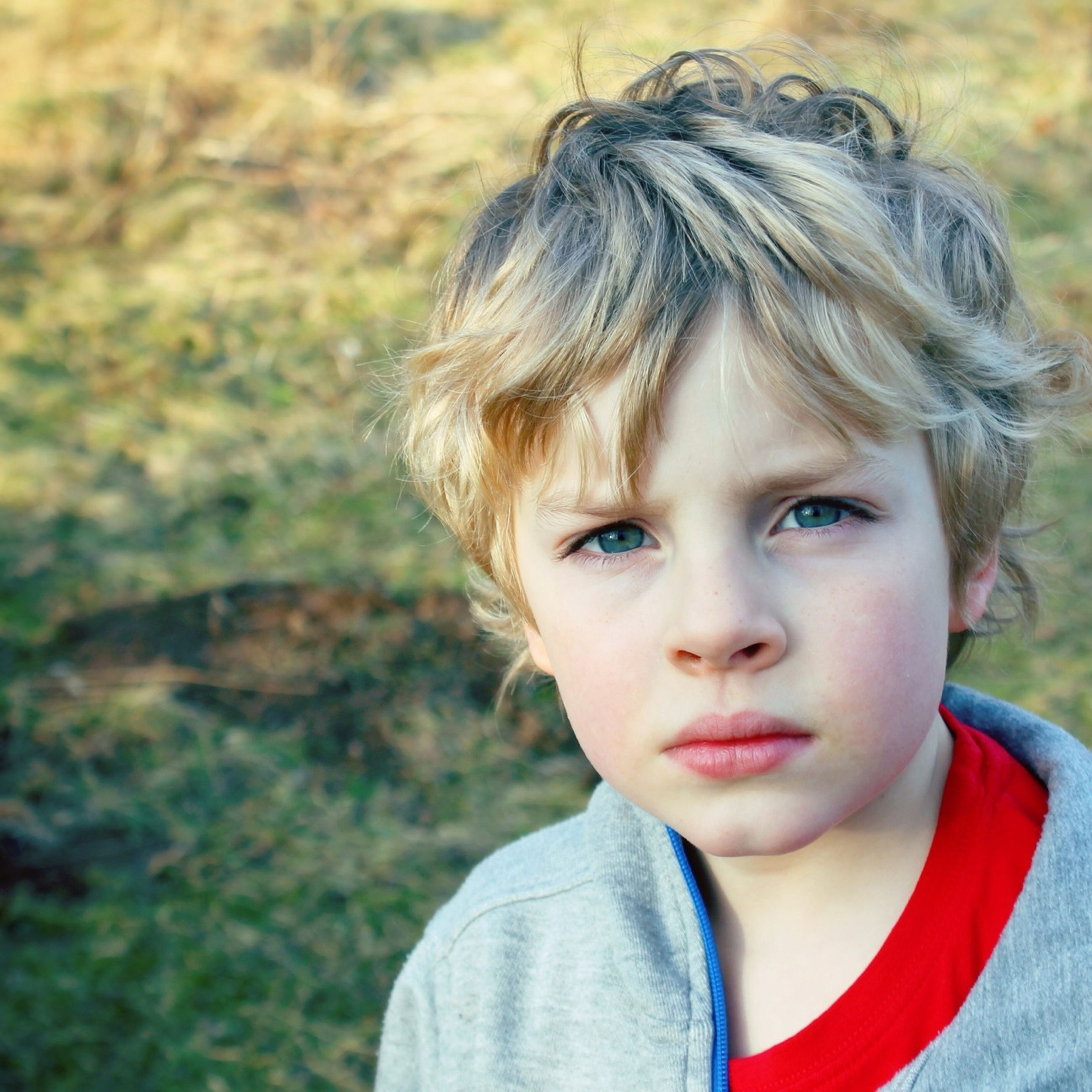 person, headshot, focus on foreground, portrait, childhood, elementary age, looking at camera, lifestyles, leisure activity, close-up, front view, casual clothing, smiling, innocence, cute, boys, girls, head and shoulders