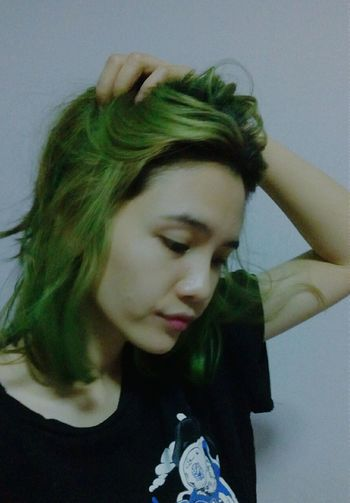 Women Girl Feeling OpenEdit Alone Time Thailand Green Hair New Hair Color Greencolor