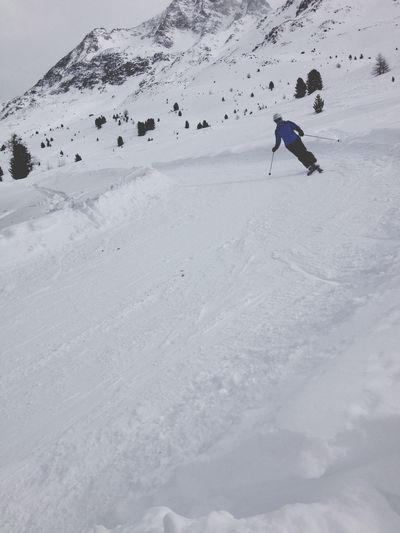 People Watching Excercising Skiing Italy