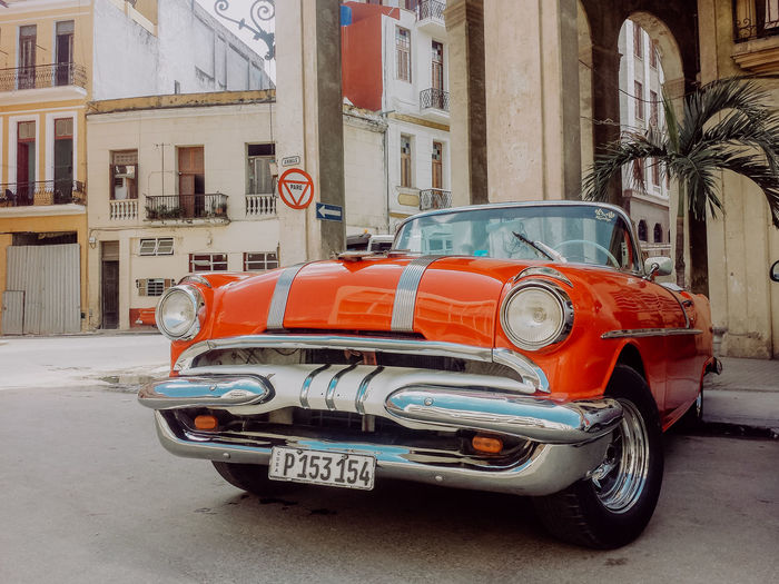Havana, Cuba Been There. Cars City Cuba Havana Old-fashioned Taking Photos Walking Around Architecture Building Exterior Built Structure Car City Eye4photography  Land Vehicle Outdoors Street Street Photography Streetphotography Transportation Travel Destinations Urban Vintage Vintage Cars