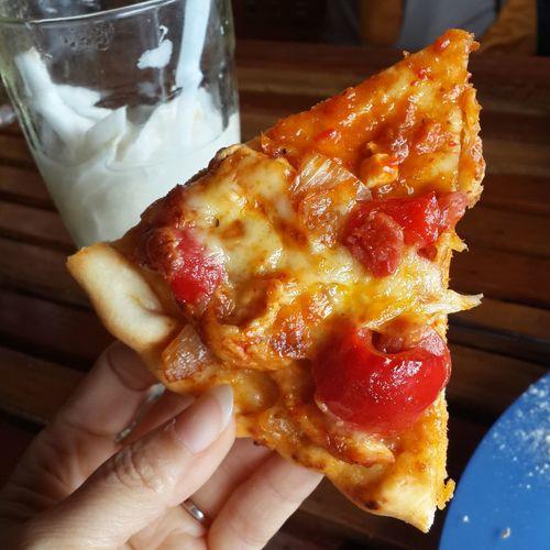 Pizza enak bingiits...!