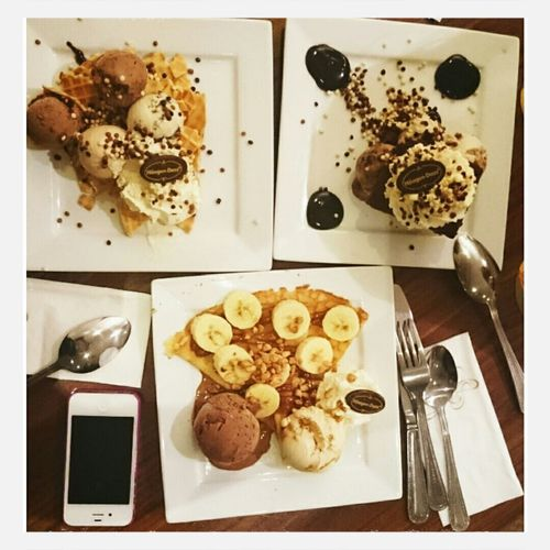 The perfect way to end a day! Sugaroverload Time For Dessert! Catchupwithmahboos Love