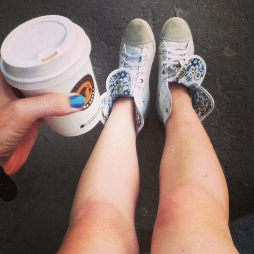 Coffee Me фотоног