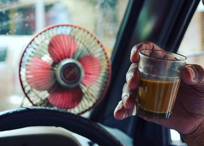 Oh this day! Crowford Market Amazing Bombay Taxi Photowalk Competition Chai AsDesiAsItGets Amateur Mumbai Mumbaimerijaan Fun Soi _soi Streetphotography Streets Can't wait to show you guys the great Pune , Staytuned