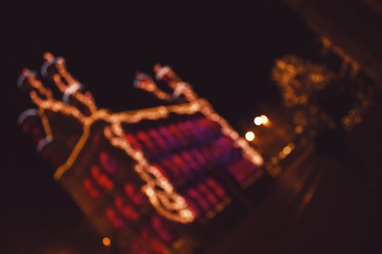 It's that time of year again! 🤗 Bokeh Bokeh Photography Bokehlicious Lights Night No People City Big City Lights Cosy Architecture EyeEm Best Shots The Great Outdoors - 2016 EyeEm Awards Canonphotography Canon Authentic Moments VSCO Street Light The Street Photographer - 2017 EyeEm Awards