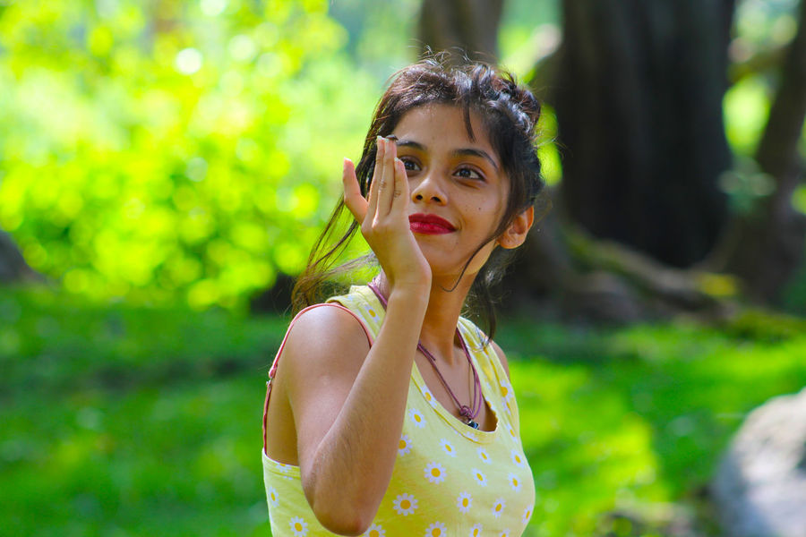 Beauty Casual Clothing Close-up Day Focus On Foreground Front View Leisure Activity Lifestyles Nature Outdoors Portrait Toothy Smile