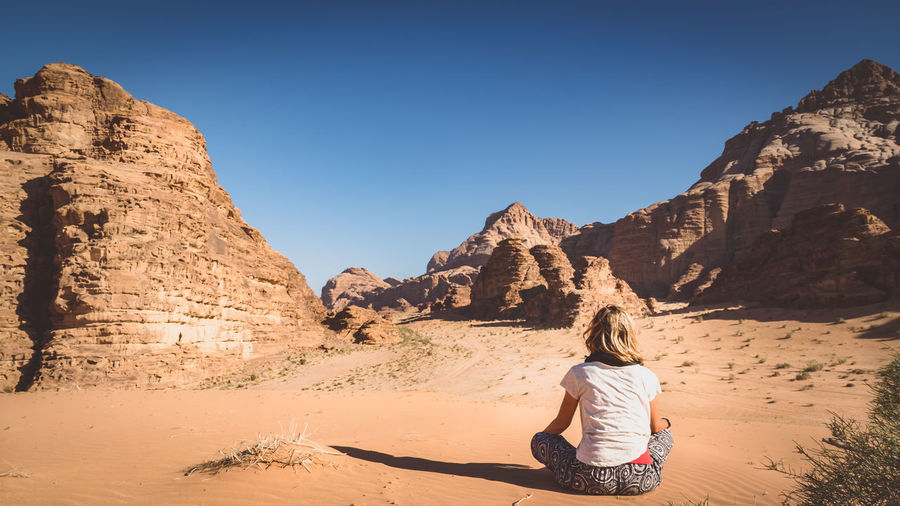Arid Climate Beautiful Beauty In Nature Desert Found On The Roll Lady Landscape Leisure Activity Lifestyles Meditate Mountain Nature Scenics Sunlight The Great Outdoors - 2016 EyeEm Awards The Portraitist - 2016 EyeEm Awards Tranquil Scene Tranquility Vacations Woman