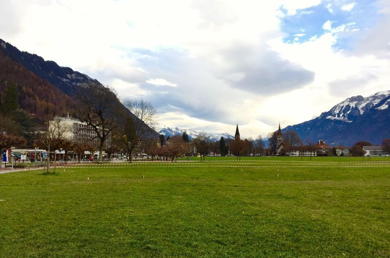 Interlaken-hoheweg 🇨🇭 Switzerland In The Morning Landscape_photography Traveling Traveling Photography Autumn🍁🍁🍁 Beauty In Nature Autumn Collection Cloud And Sky Architecture_collection Switzerland❤️