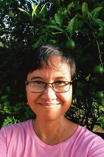 365 Grateful Project entry 354: Another fine Morning Walk Good sweat. Chemo Day 16 Good Days  Glasses foggy from the humidity. Glasses Girl Breastcancer Awareness Pink Warrior Cancerwoman Faces Of Cancer Tomorrow, I face round 2 of chemo.... I've done a lot this past week of good days. Am feeling strong 💪🏽👍🏽🙂