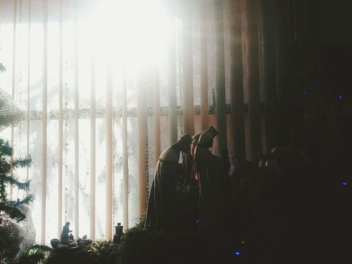 Silhouette Taking Photos Lights Silhouettes Lights And Shadows Reyes Magos
