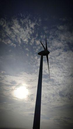 Wind Power Wind Turbine Outdoors Sky Day Nature Blauer Himmel Und Sonnenschein Strassen Und Wege Eyeem Market Spaziergang Evening Walk Spazieren Und Fotografieren Summer Close-up Windmill Wind Energy Alternative Energy