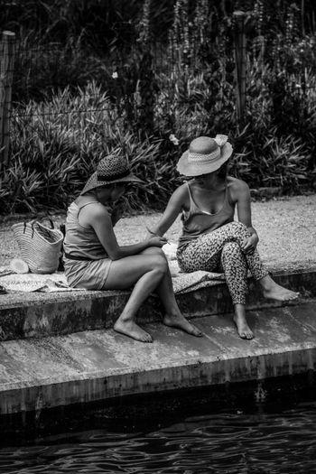 Premier soleil... Sitting Relaxation Beauty Beautiful Woman Poesie Liberté Human Representation Day Noir Et Blanc Photography Blackandwhite Women Peace Sweet