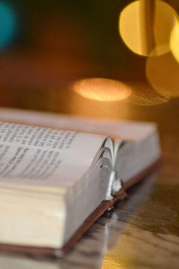 Still Life Selective Focus Reading Reading A Book Read Paper Detail Books Book Bokehlicious Bokeh Photography Bokeh Bible