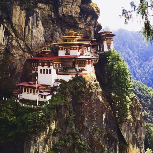 Tigers Nest in Bhutan DeLeonStrong Optoutside