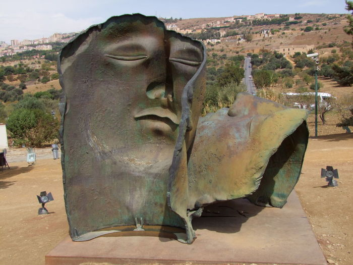 Bronze Faces Agrigento Arid Climate Art Art And Craft Bronze Bronze Faces Close Up Composition Creativity Cultures Day Human Representation Italy Natural Pattern Outdoor Photography Sculpture Sicily Statue Textured  Two Bronze Faces Two Faces Weathered