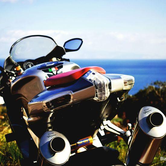 Aprilia RSV1000R Aprilia Apriliaracing Photoshoot Motorbike Photography EyeEmNewHere