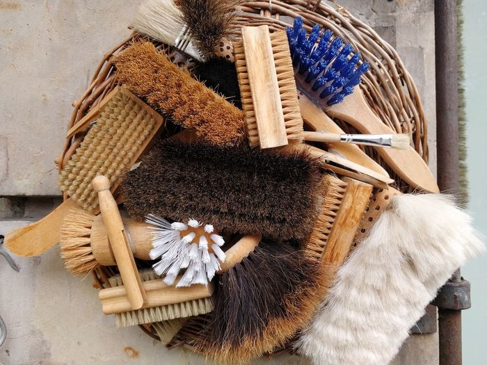 Bürsten Brushes Abstract No People Handbrush Cleaning Equipment Tools Cleaning Tools EyeEm Selects Wood - Material Close-up Pencil Shavings