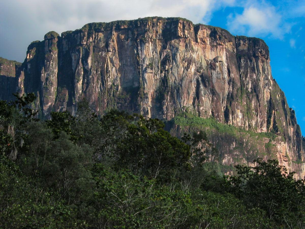 Landscape Plateau Mesa Venezuela Table Mountain Tepuy Tepui Nature No People Outdoors Mountain Beauty In Nature
