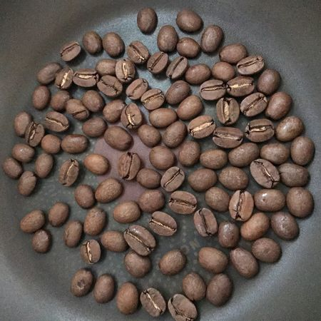 Food And Drink Abundance Food High Angle View Large Group Of Objects Indoors  No People Variation Freshness Raw Coffee Bean Close-up Coffee Bean Directly Above Healthy Eating Day