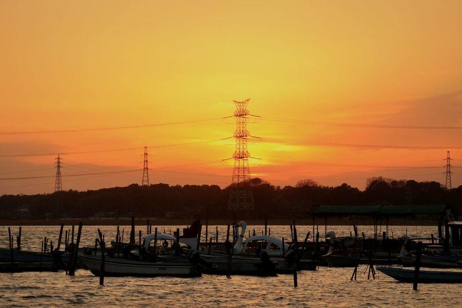 Sunset Orange Color Sky Water Dramatic Sky Gradation Dramatic Sky Sunset_collection Japan Park Pond Boat Tower Highvoltage