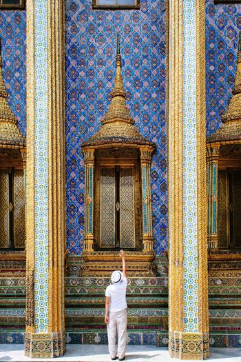 The reach - The Architect - 2016 EyeEm Awards Vibrant Colors Temple Asian  Thailand Architecture Reaching Out Mosaic Gold EyeEm Best Shots Eye4photography  Adventures In The City
