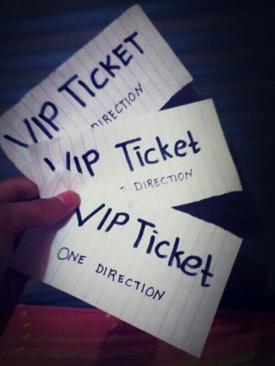 Got my VIP ticket oweady Awwweeee can't wait..... me so exoyted ohmyyygoooshhhh my loves, see you in Manila 1DinManila 1direction Harry Styles <3