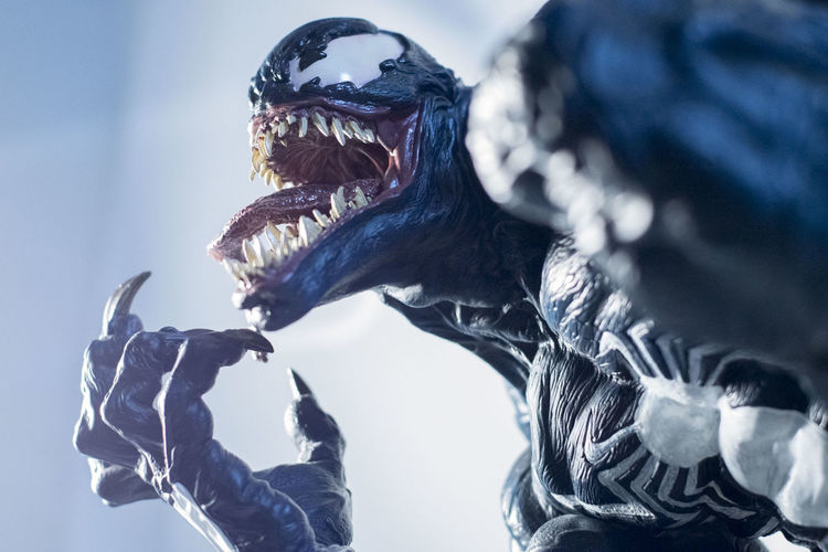 Sideshowcollectibles Spiderman Toyphotography Venom