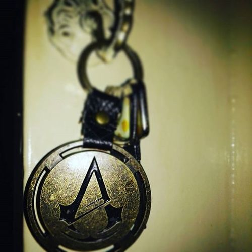Horrmann/Drachmann key's to the world... Schlüssel Nøgler Keys Assassinscreed Unity Unserreich Zuhause Hjemme Home Metall Haken Krog Hook Kupfer Kobber Pic Picoftheday Instapic Instapicture Balticsea Deutschland Tyskland Germany Germananddanish Digogmig youandme