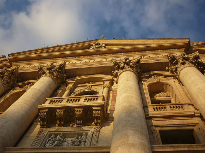 Rom Romantic Sky Italy Architecture Built Structure Sky Architectural Column Low Angle View Building Exterior The Past History Nature Cloud - Sky No People Travel Destinations Day Travel Tourism Art And Craft City Outdoors Sculpture Building Colonnade Ancient Civilization Ornate