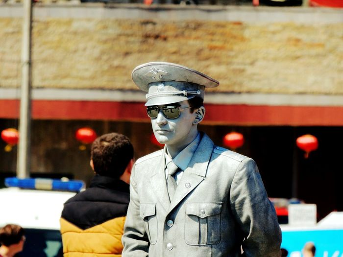 Lenexpo Fish Celebration Smelt Sankt-peterburg Live Statue Silver  Walking Around Spring 2016