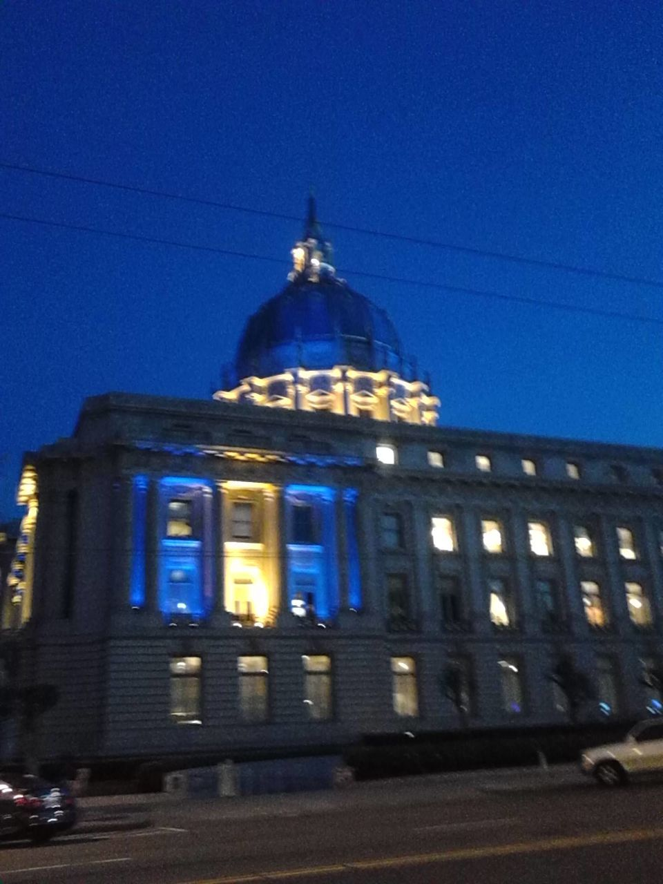 architecture, building exterior, illuminated, built structure, blue, night, outdoors, history, clear sky, no people, dome, low angle view, sky, city
