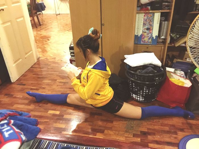 Dared my other bestie to split while reading a chapter ? Split Pepsquad Cool