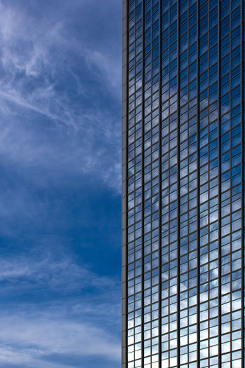 Berliner Mirror. FILIPPI GIULIA PHOTOGRAPHY. Architecture Berlin Blue Building Building Exterior Built Structure Canon City Clouds And Sky Germany Glass Mirror Modern Outdoors Pattern Photographer Photography Photooftheday Reflection Sky Skyscraper Sun Sunlight Sunshine Window