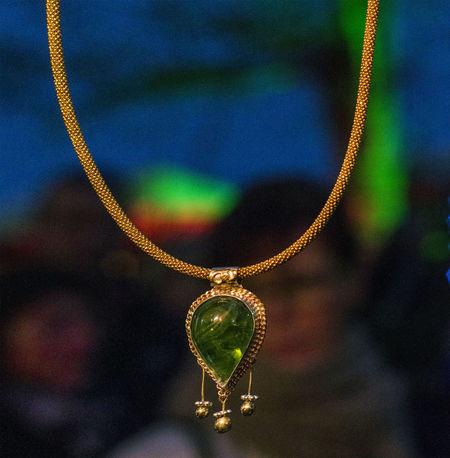 Jewellery Fashion Jewel Bokeh Precious Stone Colors Peridot Neck