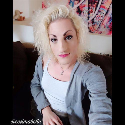 Juhuuu meine lieben 😊 schönen Guten Morgen 🍩🍪☕ Sag heute ja, wenn du ja sagen willst, und nein, wenn du nein sagen willst. Nur du allein kannst entscheiden, was gut und richtig für dich ist. Wünsche euch allen einen entscheidungs freudigen Mittwoch und einen angenehmen Tag 🌈☀🍀🌹. Liebe Umarmung Bussi 💋 eure Cosima 🔥🌊🌾🌪 Cosimabella Cosima Empathie Elementaria Me Ts Goodmorning :) Motivation Lifestyle Fashion Styling Outfit Beautyqueen Selfiequeen Hairartist Nailartist Makeupartist Beaitiful Handsome Recklinghausen Germany Blond Hair Portrait Young Women Red Lipstick Looking At Camera Beauty Arts Culture And Entertainment Headband Beautiful Woman Individuality