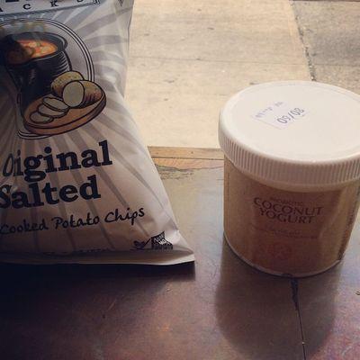 @deepriversnacks chips @nongmoproject Probiotic Coconutyogurt from @organicavenue Lunch