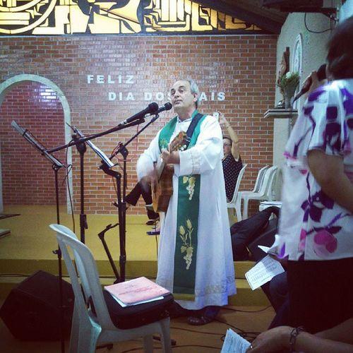Padre Prim homenageia os pais