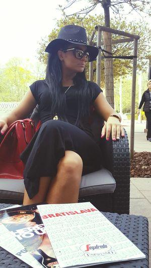 Bratislava Coffee Time Black Beauty Fashion&love&beauty Blackhair Sunglasses Sunny Slovakia Aupark Slovakiagirl Face