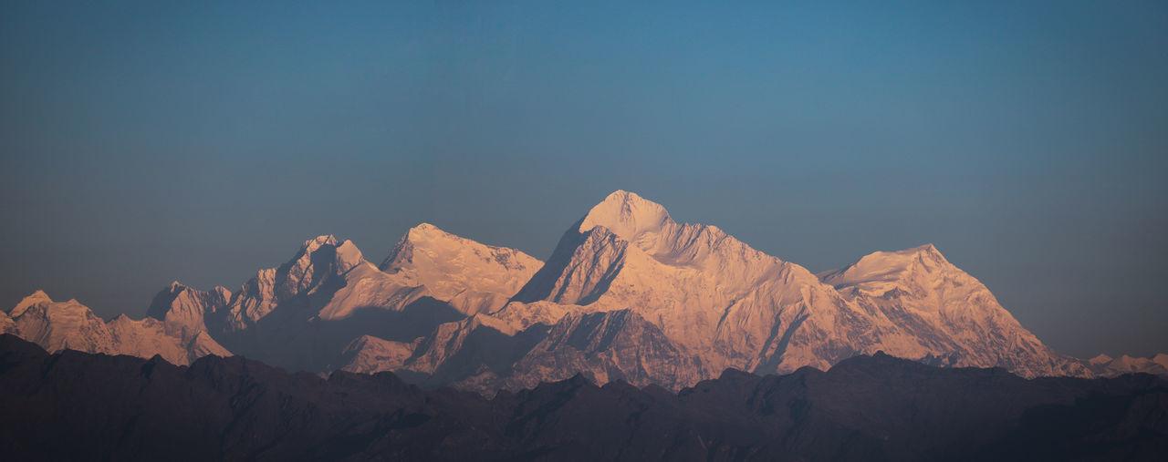 Everest Makalu
