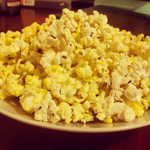 Lil snack while reading Popcorn Happy Cannotgowrong