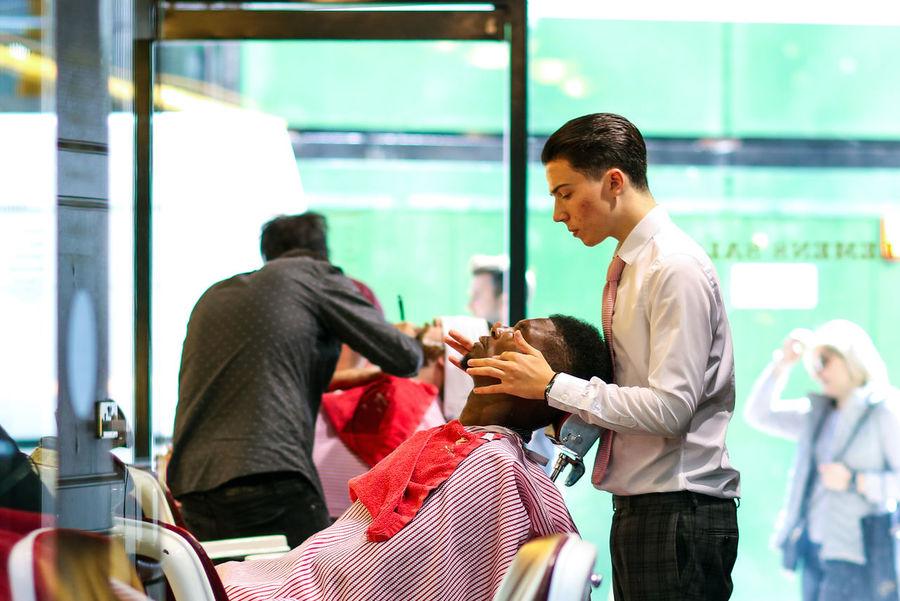 Grooming Barber Beauty Gentlemen Grooming Hair Haircut Hairsalon Hairstyle London Manscape Men Mens Grooming Pamper Salon Street Photography Streetphotography London Lifestyle