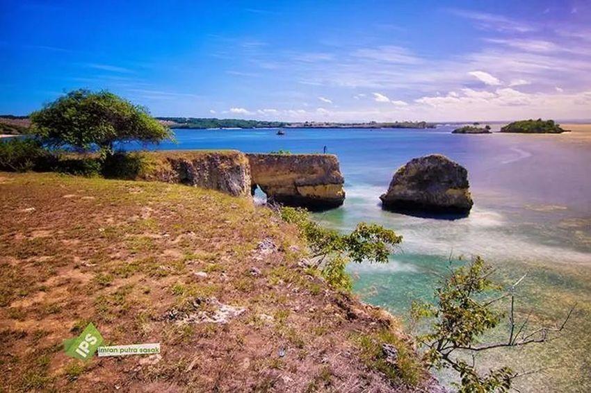 Tangsi Beach, East Lombok Imranputrasasakgalery Landscape #Nature #photography Landscape_Collection Eyeembestshot_landscape