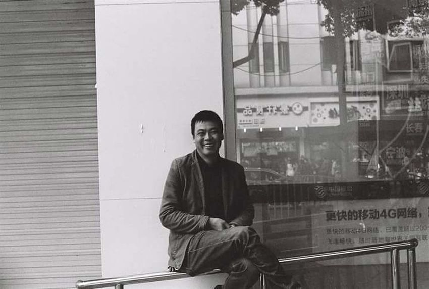Chillin Makeportraits Portrait Exploretocreate Documentary Photography Visualgang Photography Blackandwhitephotography Filmisnotdead ExploreEverything Shanghai Shanghai Streets Photooftheday China Mediumformat Buyfilmnotmegapixels Ishootfilm 120 Film Stayandwander Shanghai, China Createcommune Pentax Film Photography Blackandwhite ASIA Streetdreamsmag